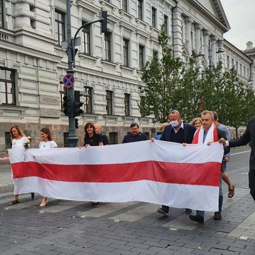 Wsparcia potrzebują setki tysięcy Białorusinów,