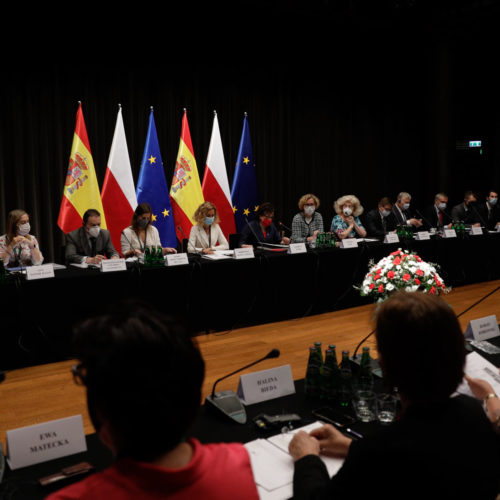 Zaangażowania parlamentów w odbudowę gospodarek po pandemii Covid-19 – VII Forum Polsko-Hiszpańskie