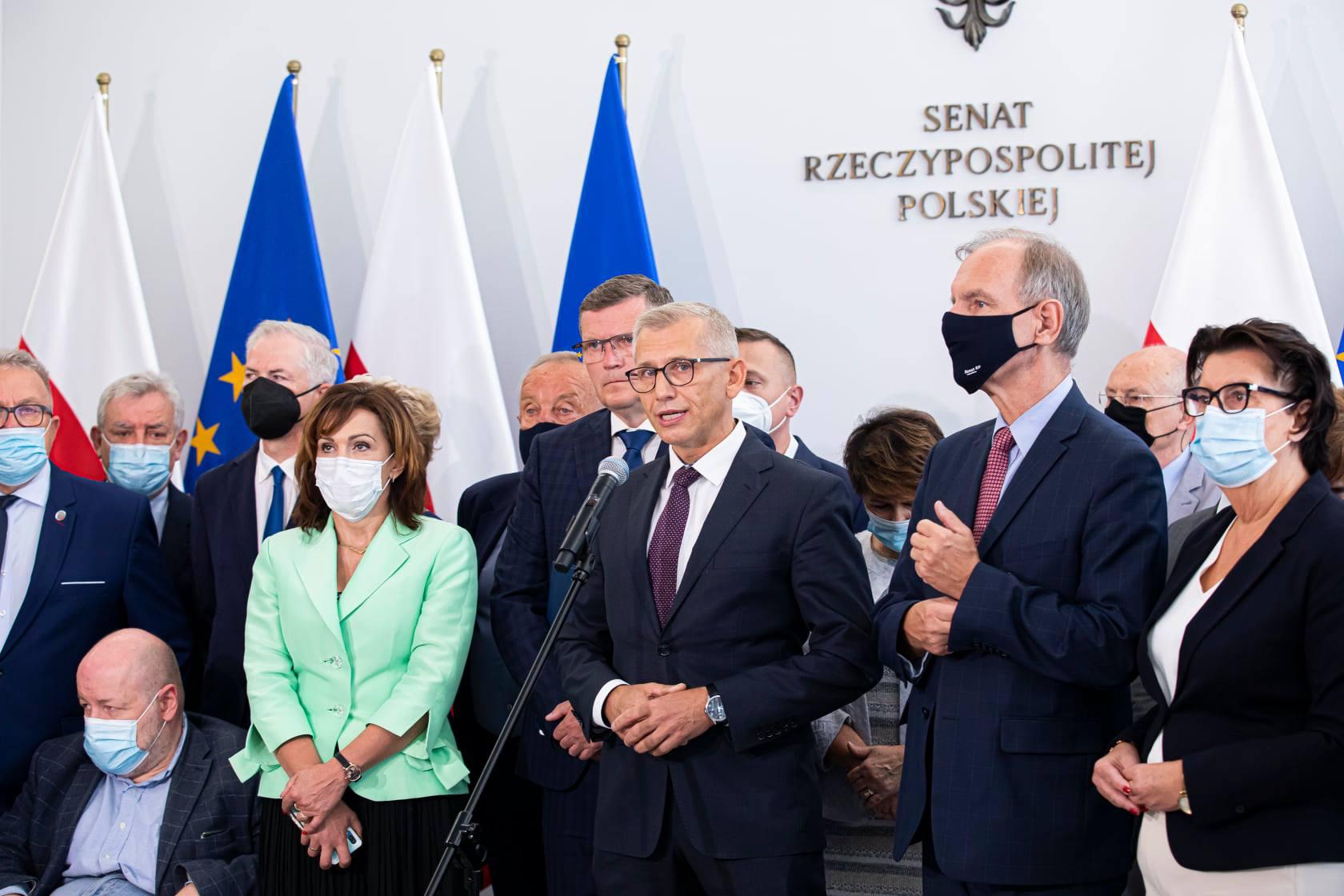 Oświadczenia senatorów w sprawie obecności Polski w Unii Europejskiej 4