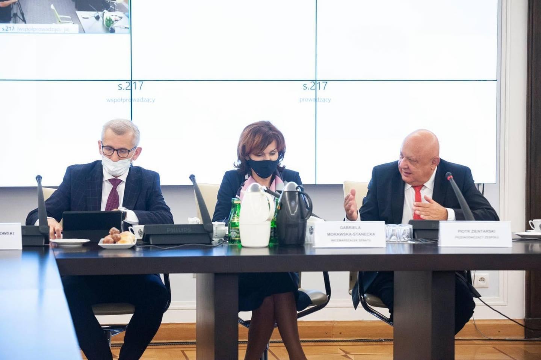 Posiedzenie Parlamentarnego Zespołu Obrony Praworządności_1